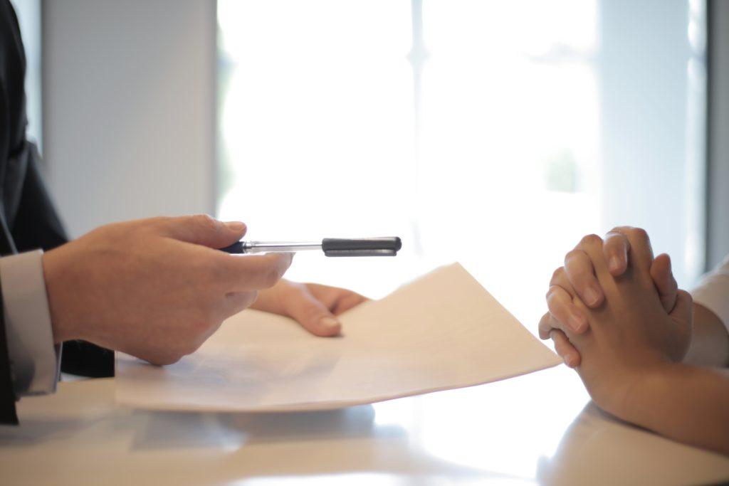 Ведение судебного спора со страховой компанией